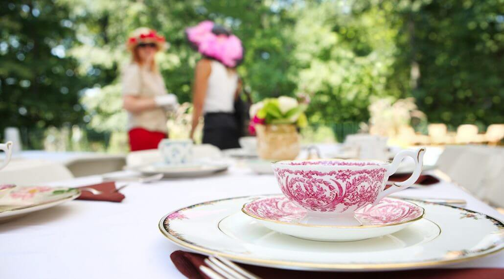 Setting up the Perfect Tea Party